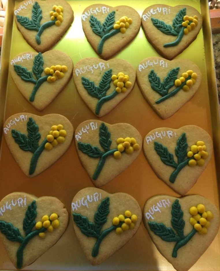 8 marzo, un biscotto con le mimose